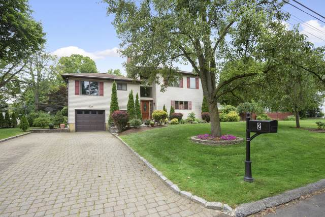 2 Walker Court, Greenwich, CT 06831 (MLS #111804) :: The Higgins Group - The CT Home Finder