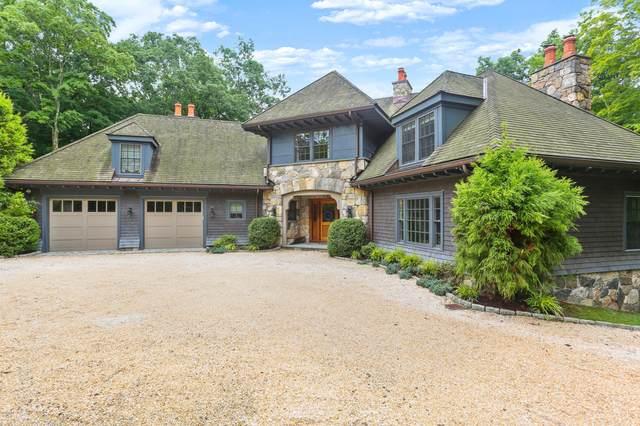 125 Cat Rock Road, Cos Cob, CT 06807 (MLS #112675) :: GEN Next Real Estate