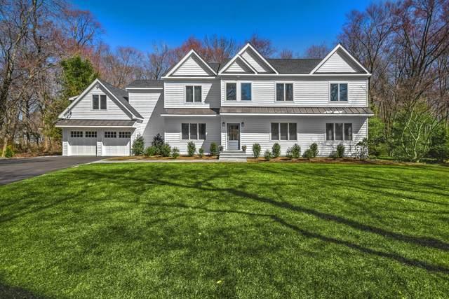 15 Holly Lane, Darien, CT 06820 (MLS #113126) :: Frank Schiavone with William Raveis Real Estate