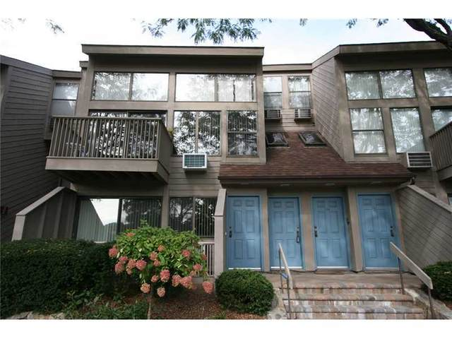 1465 E Putnam Avenue #117, Old Greenwich, CT 06870 (MLS #113181) :: Frank Schiavone with William Raveis Real Estate
