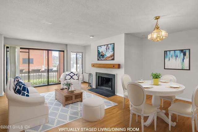 9 River Road #404, Cos Cob, CT 06807 (MLS #113205) :: GEN Next Real Estate