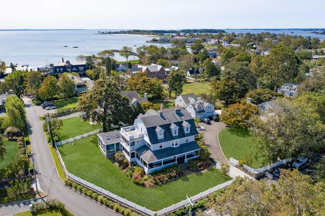 19 Ledge Road, Old Greenwich, CT 06870 (MLS #114019) :: Kendall Group Real Estate | Keller Williams