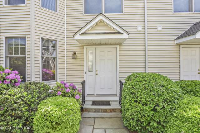 52 Almira Drive C, Greenwich, CT 06831 (MLS #114036) :: Kendall Group Real Estate | Keller Williams