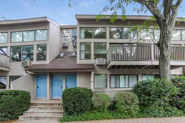1465 E Putnam Avenue #320, Old Greenwich, CT 06870 (MLS #114189) :: GEN Next Real Estate
