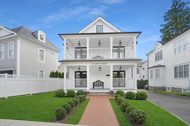 98 Lewis Street, Greenwich, CT 06830 (MLS #114544) :: The Higgins Group - The CT Home Finder