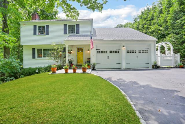 36 Sundance Drive, Cos Cob, CT 06807 (MLS #107492) :: The Higgins Group - The CT Home Finder