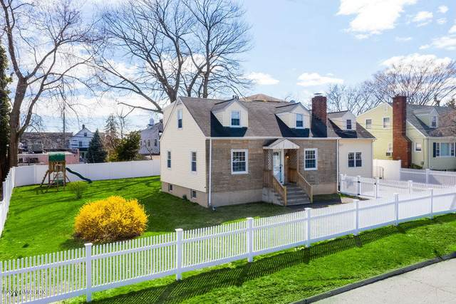 93 Givens Avenue, Stamford, CT 06902 (MLS #109261) :: The Higgins Group - The CT Home Finder