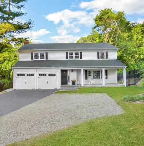 120 Hillcrest Park Road, Cos Cob, CT 06807 (MLS #110343) :: GEN Next Real Estate