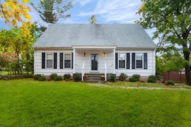 6 Sunshine Avenue, Riverside, CT 06878 (MLS #111541) :: GEN Next Real Estate