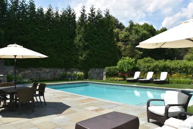 29 Field Point Drive, Greenwich, CT 06830 (MLS #112762) :: The Higgins Group - The CT Home Finder