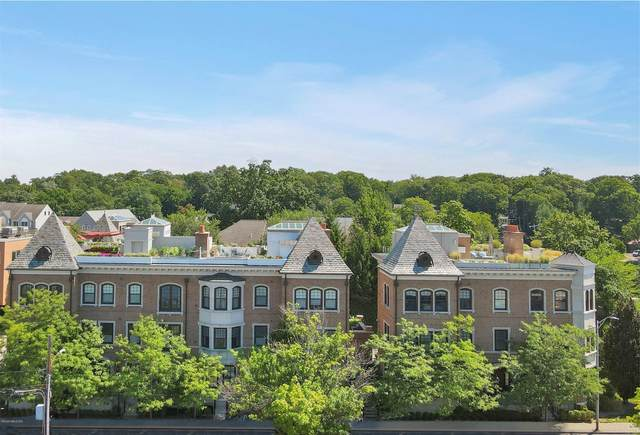 559 Steamboat Road B2, Greenwich, CT 06830 (MLS #110784) :: Frank Schiavone with William Raveis Real Estate