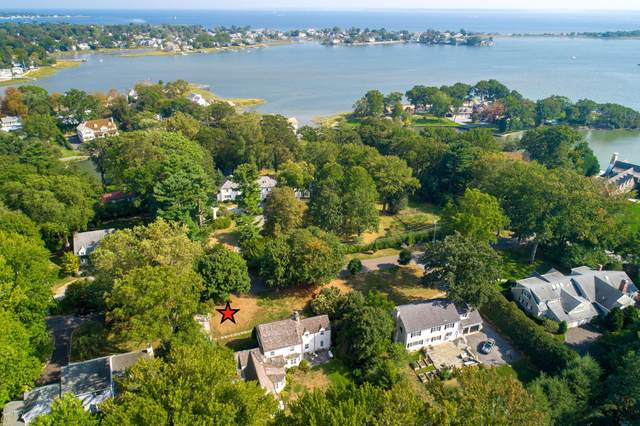 104 Meadow Road, Riverside, CT 06878 (MLS #108344) :: The Higgins Group - The CT Home Finder