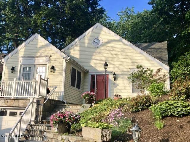 15 Ridge Road, Cos Cob, CT 06807 (MLS #112807) :: GEN Next Real Estate