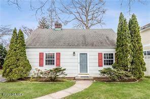 1 Mulberry Lane, Cos Cob, CT 06807 (MLS #113175) :: GEN Next Real Estate