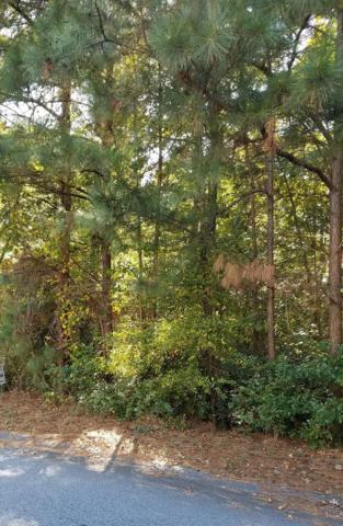 401 Tifton Dr. W., Greenwood, SC 29649 (MLS #115196) :: Premier Properties Real Estate