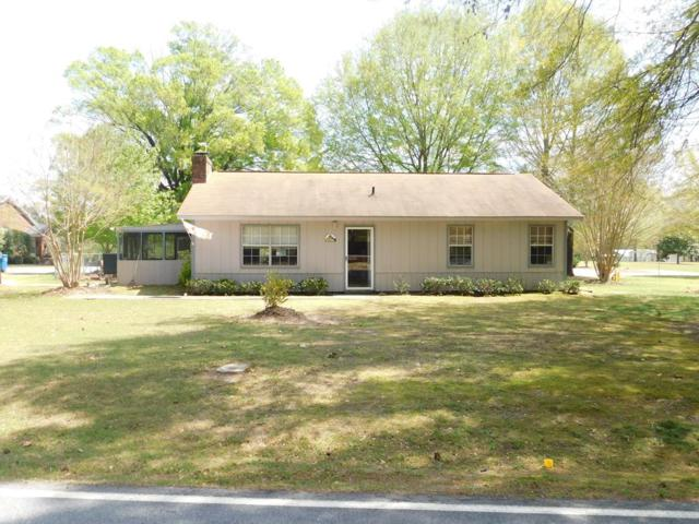 1302 Woodlawn Rd, Greenwood, SC 29646 (MLS #115424) :: Premier Properties Real Estate