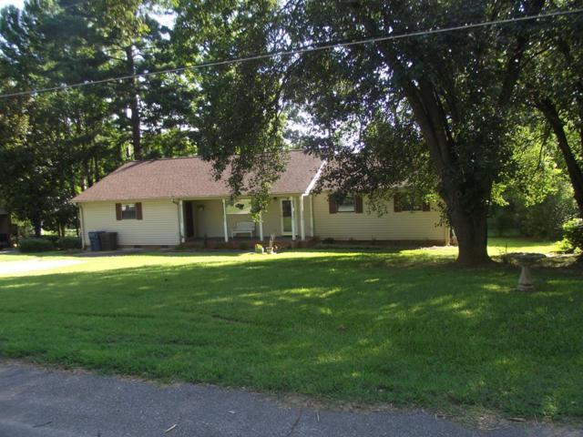 604 Colonial Dr, Greenwood, SC 29649 (MLS #115886) :: Premier Properties Real Estate