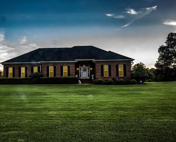 403 Hunters Creek Blvd, Greenwood, SC 29649 (MLS #116062) :: Premier Properties Real Estate