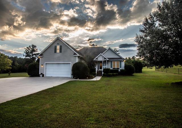 615 Stonewood, Greenwood, SC 29649 (MLS #116210) :: Premier Properties Real Estate