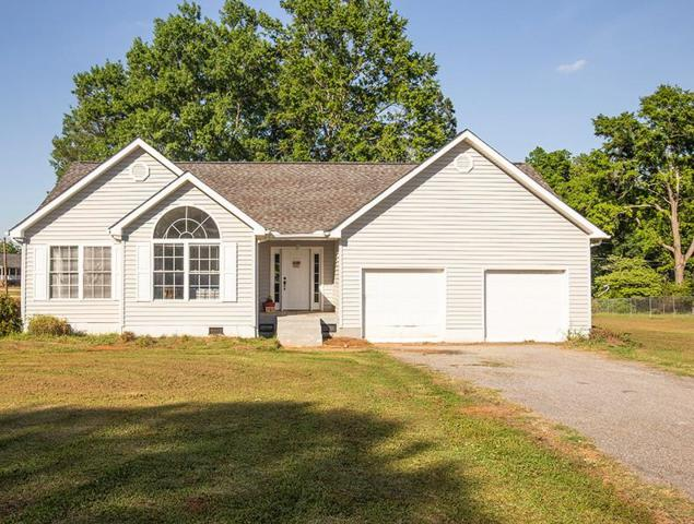 301 Johnston, Ninety Six, SC 29666 (MLS #117308) :: Premier Properties Real Estate