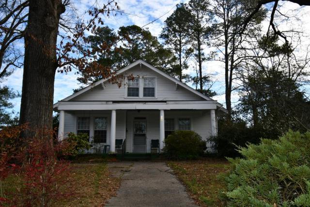 520 Grace, Greenwood, SC 29649 (MLS #117394) :: Premier Properties Real Estate