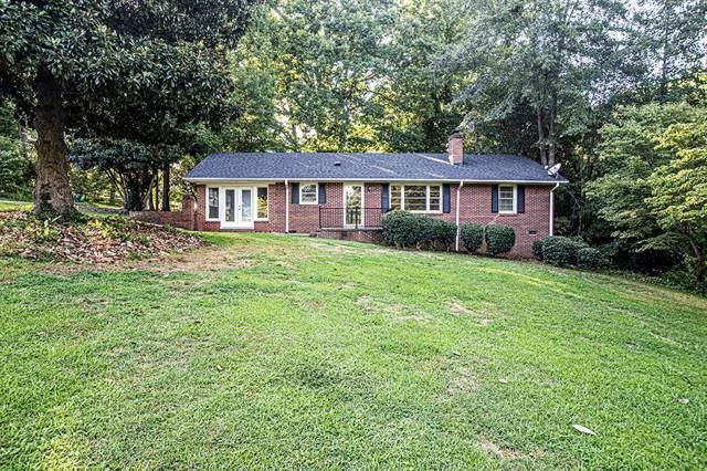 104 Crestview Drive, Greenwood, SC 29649 (MLS #117933) :: Premier Properties Real Estate