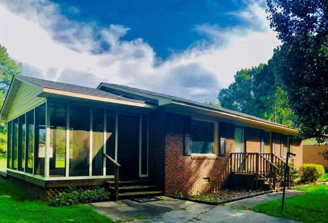 113 Dorchester St., Greenwood, SC 29646 (MLS #116082) :: Premier Properties Real Estate
