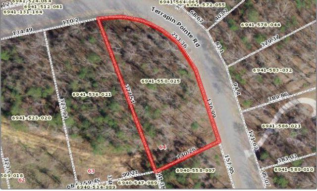 422 Terrapin Pointe Rd, Hodges, SC 29653 (MLS #105974) :: Premier Properties Real Estate