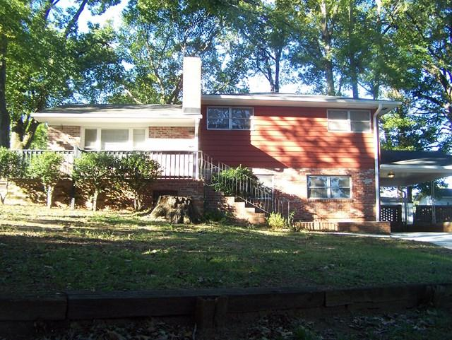 125 Carlton St., Greenwood, SC 29649 (MLS #112859) :: Premier Properties Real Estate