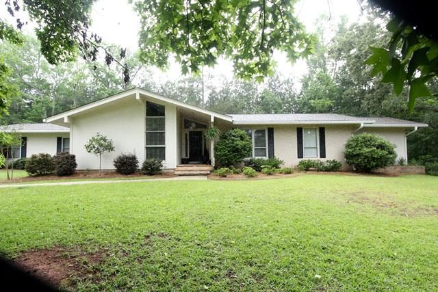 120 Woodland Way, Abbeville, SC 20620 (MLS #114000) :: Premier Properties Real Estate