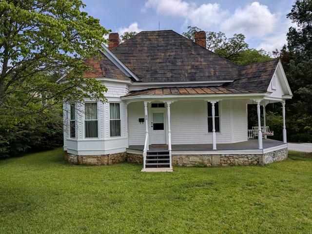 800 N Main Street, Abbeville, SC 29620 (MLS #114034) :: Premier Properties Real Estate