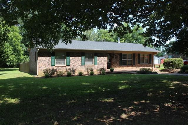 806 Wilson Bridge Rd, Ninety Six, SC 29666 (MLS #114036) :: Premier Properties Real Estate