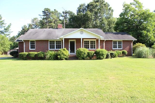 1024 Ninety Six Hwy, Greenwood, SC 29646 (MLS #114048) :: Premier Properties Real Estate