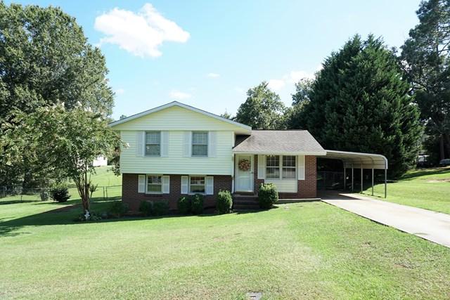 100 Greene Ave, Ninety Six, SC 29666 (MLS #114369) :: Premier Properties Real Estate
