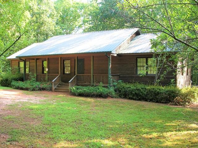4132 Pickens Creek Road, Hodges, SC 29653 (MLS #114404) :: McClendon Realty