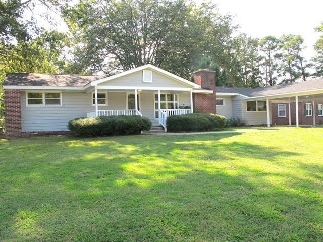 201 Anita Way, Greenwood, SC 29646 (MLS #114521) :: Premier Properties Real Estate