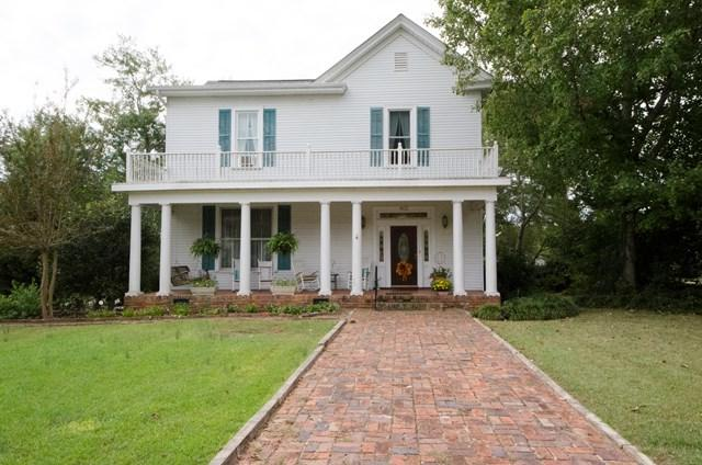 803 North Main Street, Abbeville, SC 29620 (MLS #114570) :: Premier Properties Real Estate