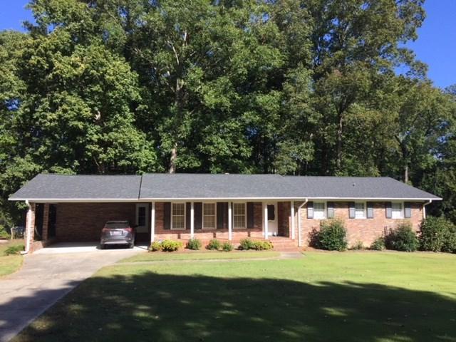 209 Yosemite Drive, Greenwood, SC 29649 (MLS #114595) :: Premier Properties Real Estate