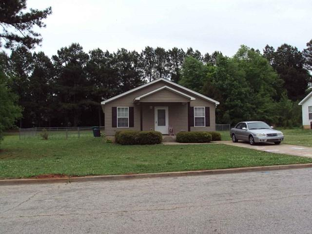 511 Wright Ave, Greenwood, SC 29646 (MLS #114598) :: McClendon Realty