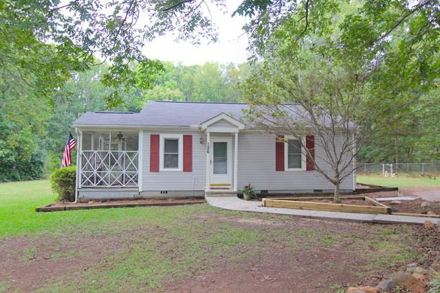 126 Crescent Dr, Greenwood, SC 29646 (MLS #114628) :: McClendon Realty