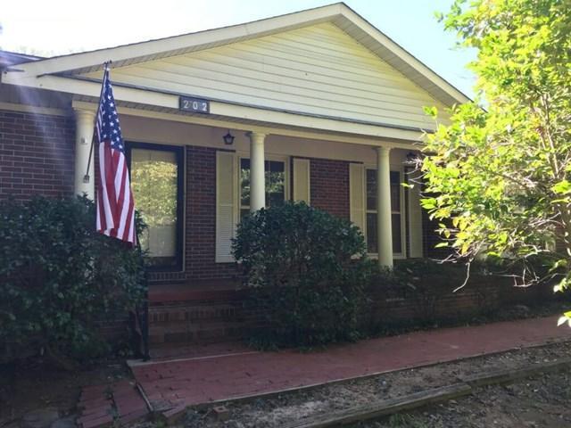 202 Yosemite Drive, Greenwood, SC 29649 (MLS #114662) :: Premier Properties Real Estate