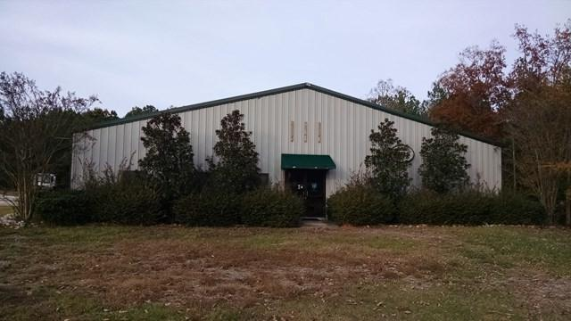 909 Greenwood St E & Hwy 72, Abbeville, SC 29620 (MLS #114776) :: Premier Properties Real Estate