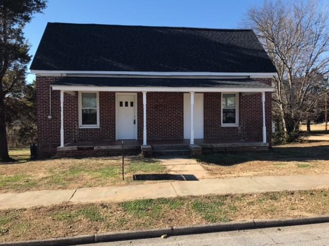 310 Jackson, Greenwood, SC 29646 (MLS #114898) :: Premier Properties Real Estate