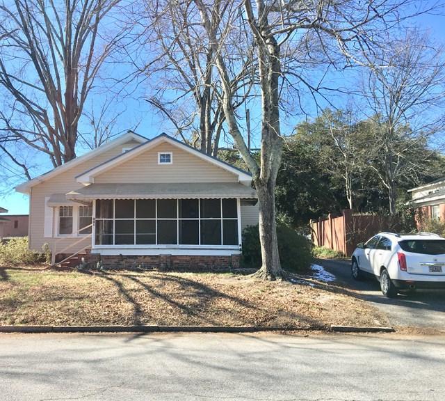 119 Elliott Street, Greenwood, SC 29646 (MLS #114954) :: Premier Properties Real Estate