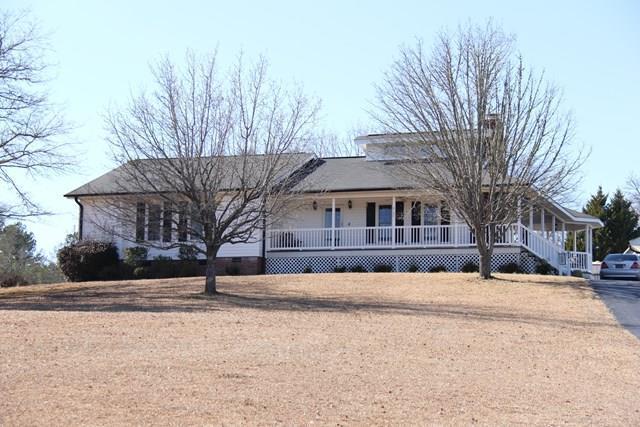 419 Stonewood, Greenwood, SC 29649 (MLS #115040) :: Premier Properties Real Estate