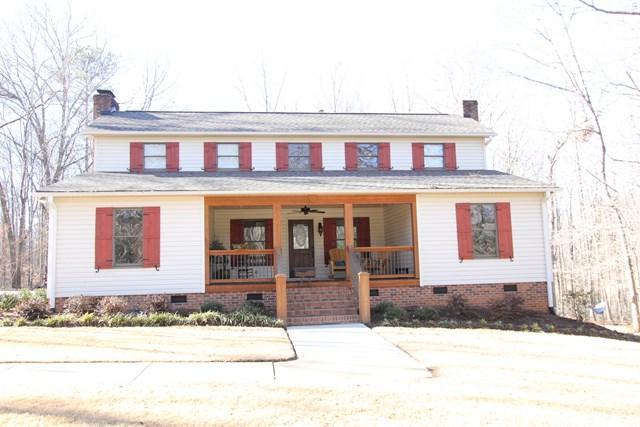 338 Plantation Drive, Greenwood, SC 29649 (MLS #115041) :: Premier Properties Real Estate