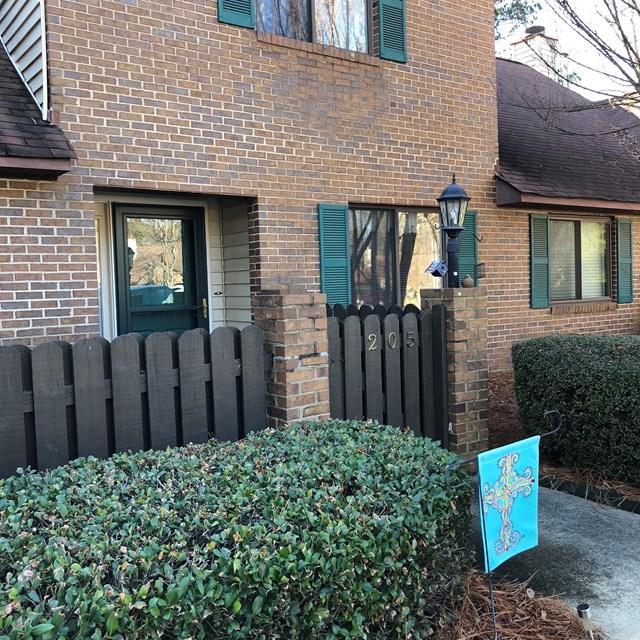 205 Abbey Ln, Greenwood, SC 29649 (MLS #115042) :: Premier Properties Real Estate