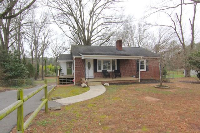 113 Kaye Dr, Greenwood, SC 29649 (MLS #115098) :: Premier Properties Real Estate