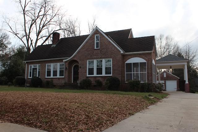 705 Grace St, Greenwood, SC 29649 (MLS #115115) :: McClendon Realty