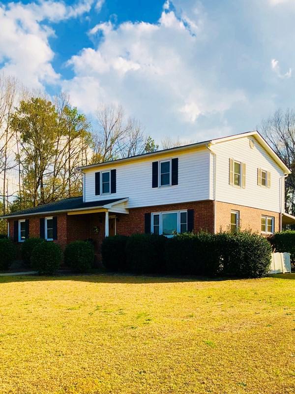 105 Roman Circle, Greenwood, SC 29649 (MLS #115137) :: Premier Properties Real Estate